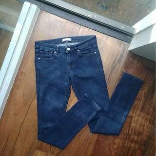 Skinny Tapered Mid-Rise Jeans