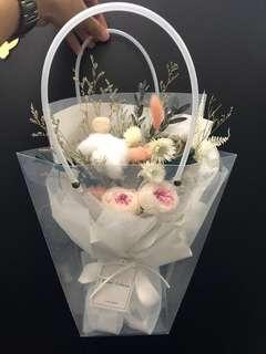 🚚 Preserved flower bouquet can last 3-5yrs