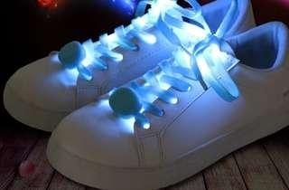 🚚 LED shoelaces with lights