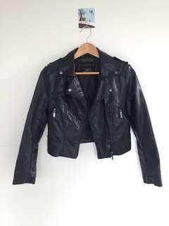 九成九新 時尚黑色皮衣