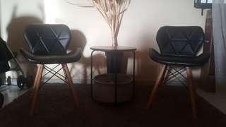 Cozy Chairs (Black)