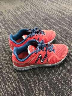NB W980PW Fresh Form Running Shoes