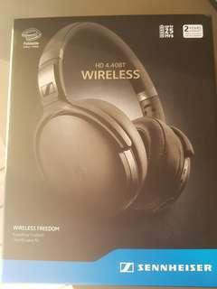 🚚 Sennheiser 4.40bt Wireless Headphones