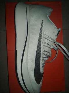 Nike zoomfly