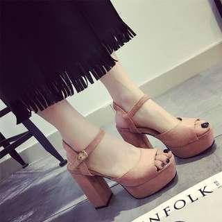 [READYSTOCK] Thick High Heel