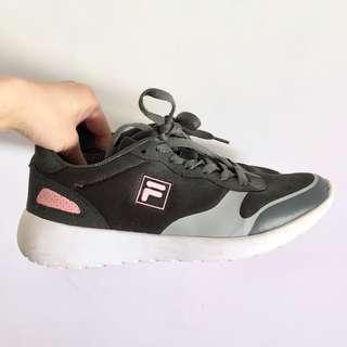 FILA GREY AND PINK SNEAKERS