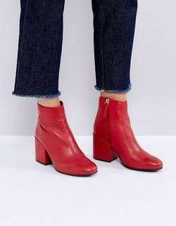 PULL AND BEAR RED BOOTS