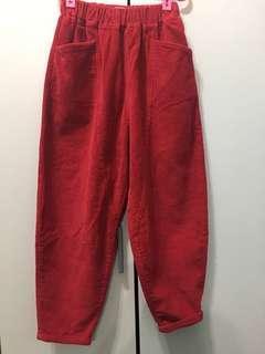 全新轉賣正紅色燈芯絨垮褲