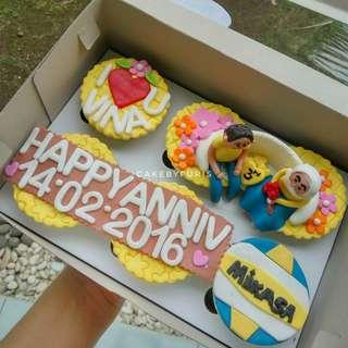 Cupcake Custom 2D/3D - Cupcakes Anniversary TANGERANG