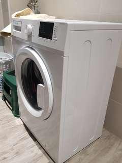 Frontload washina machine