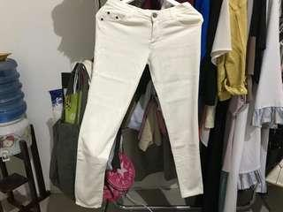 (NEW) Off White Jeans