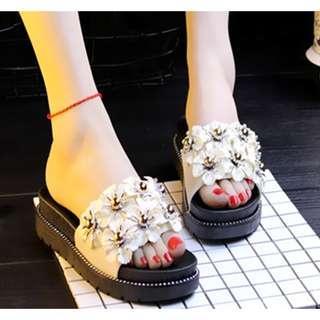 Fashion Webee 7 flower Sandal High Heel.
