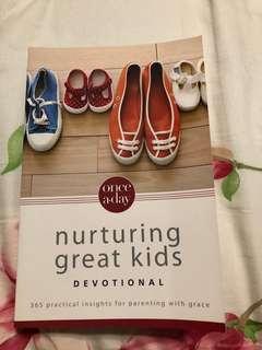 Christian Parenting : Nurturing Great Kids Devotional