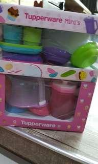 🚚 Tupperware Set