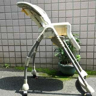 🚚 花心小舖二手品~有腳輪的幼童用餐椅