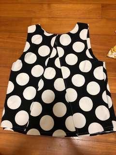 Polka dot constructed top