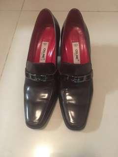 🚚 Celine Heels Size 36