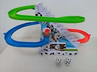 🚚 狗狗巡邏隊電動軌道溜滑梯遊戲組~有音樂燈光~旺旺隊狗狗爬樓梯軌道玩具