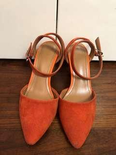 Japan High Heel Size S(5-6) only worn once orange 橙色高踭鞋