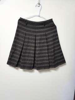 🚚 [售/換] 咖啡毛料及膝百折裙