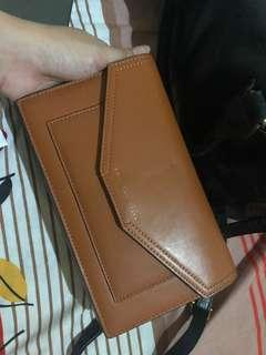 Dompet clutch charles n keith original