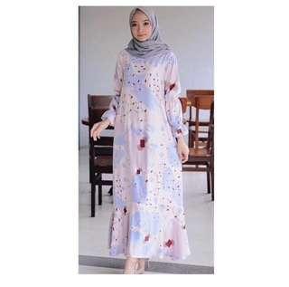 Gamis + pasmina pink #gamis #kaftan #dress #gaun #kondangan #alezalabel #wearingklamby #vanillahijab #dauky #rabbani #prelovedwithlove