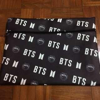 BTS laptop sleeve/ clutch bag