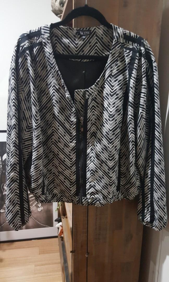 Gorgeous City Chic size Large (16/18) - never worn - fully lined