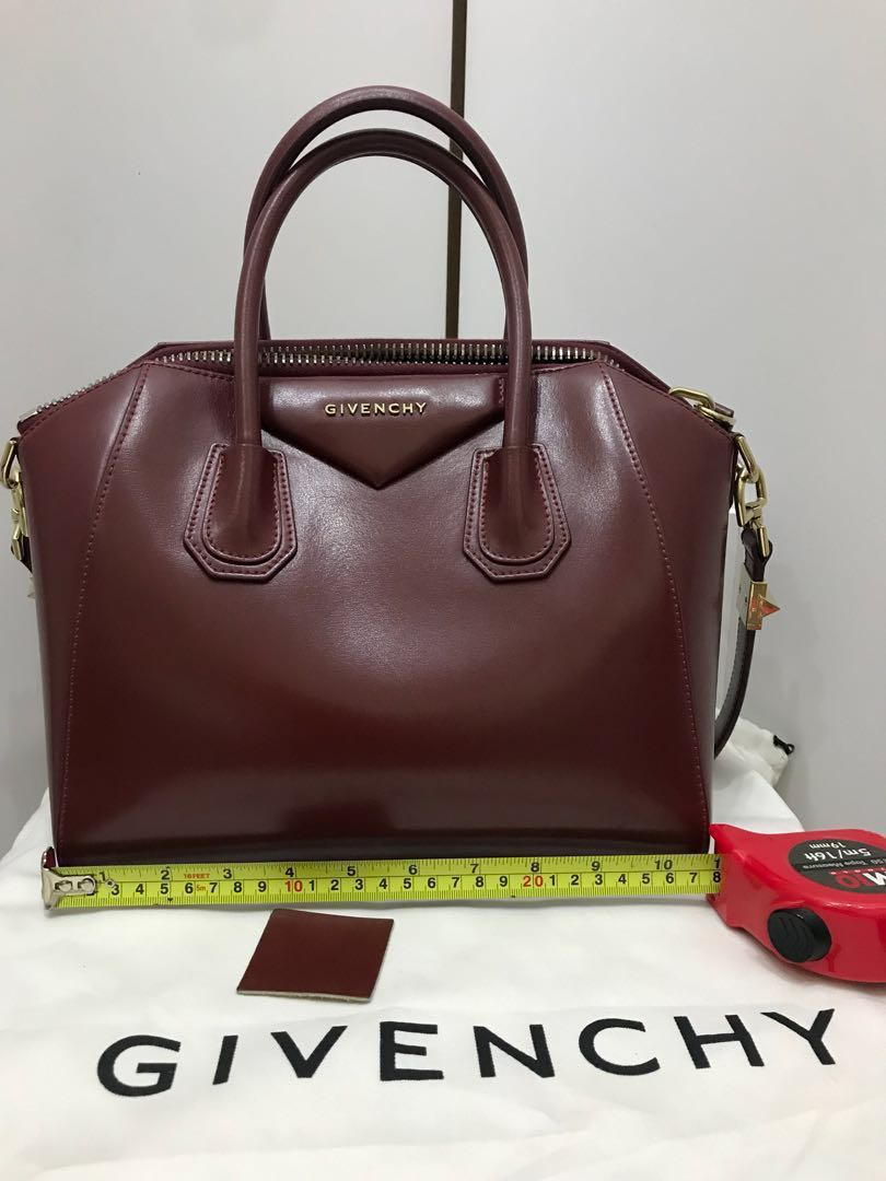 ce0926f30e Hard to find* Authentic Givenchy Antigona Small - Smooth leather ...