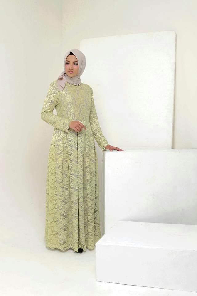 b0629c63c Lace pleated long dress, Women's Fashion, Muslimah Fashion on Carousell