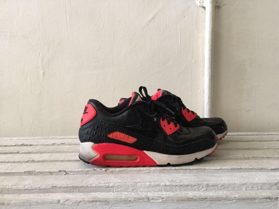 buy popular e799c f7c9b Nike Air Max 90 Anniversary Croc QS, Men's Fashion, Footwear ...