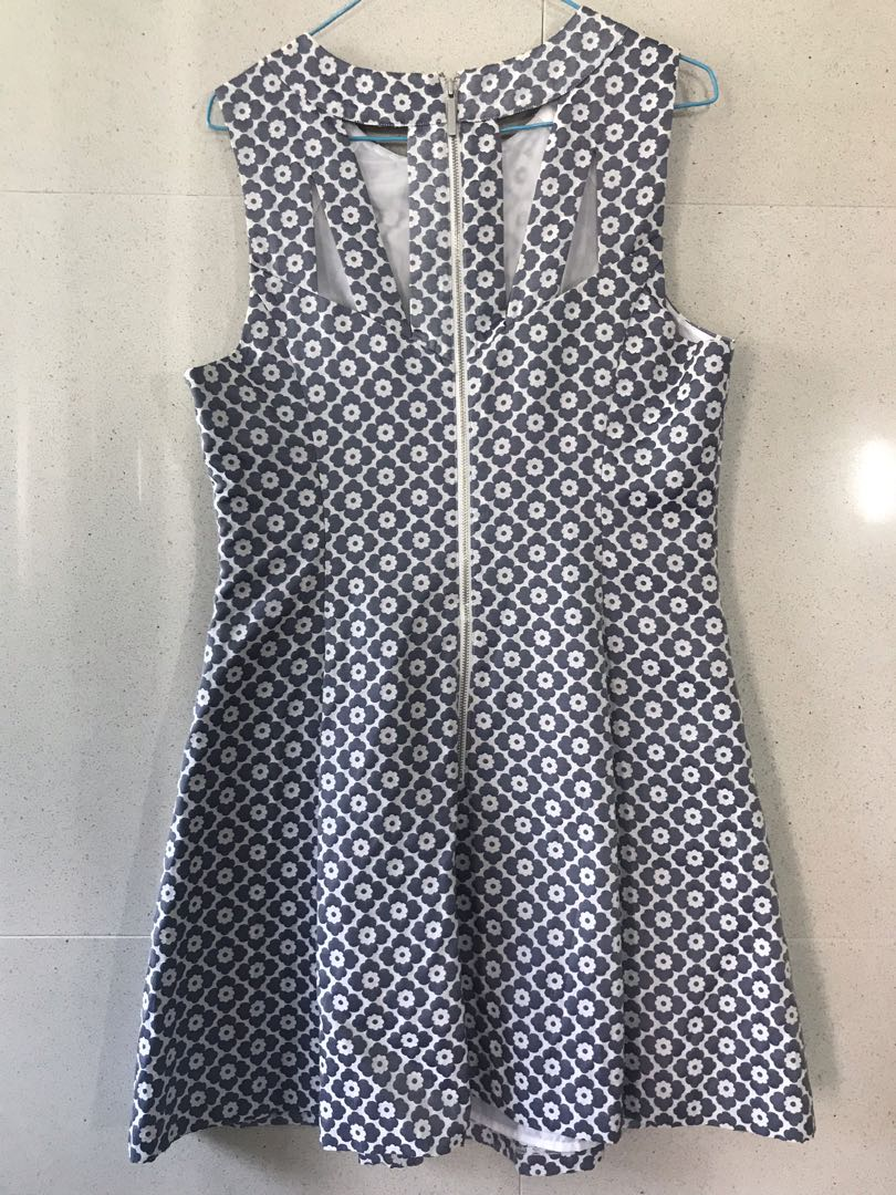 23d89c963555 Oasis Blue Silver Work Flare Dress, Women's Fashion, Clothes, Dresses &  Skirts on Carousell
