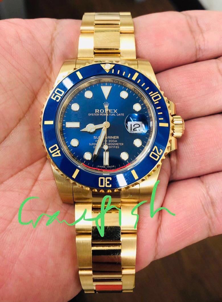 check out 592a9 d7af6 Rolex Submariner 116618LB, Luxury, Watches on Carousell