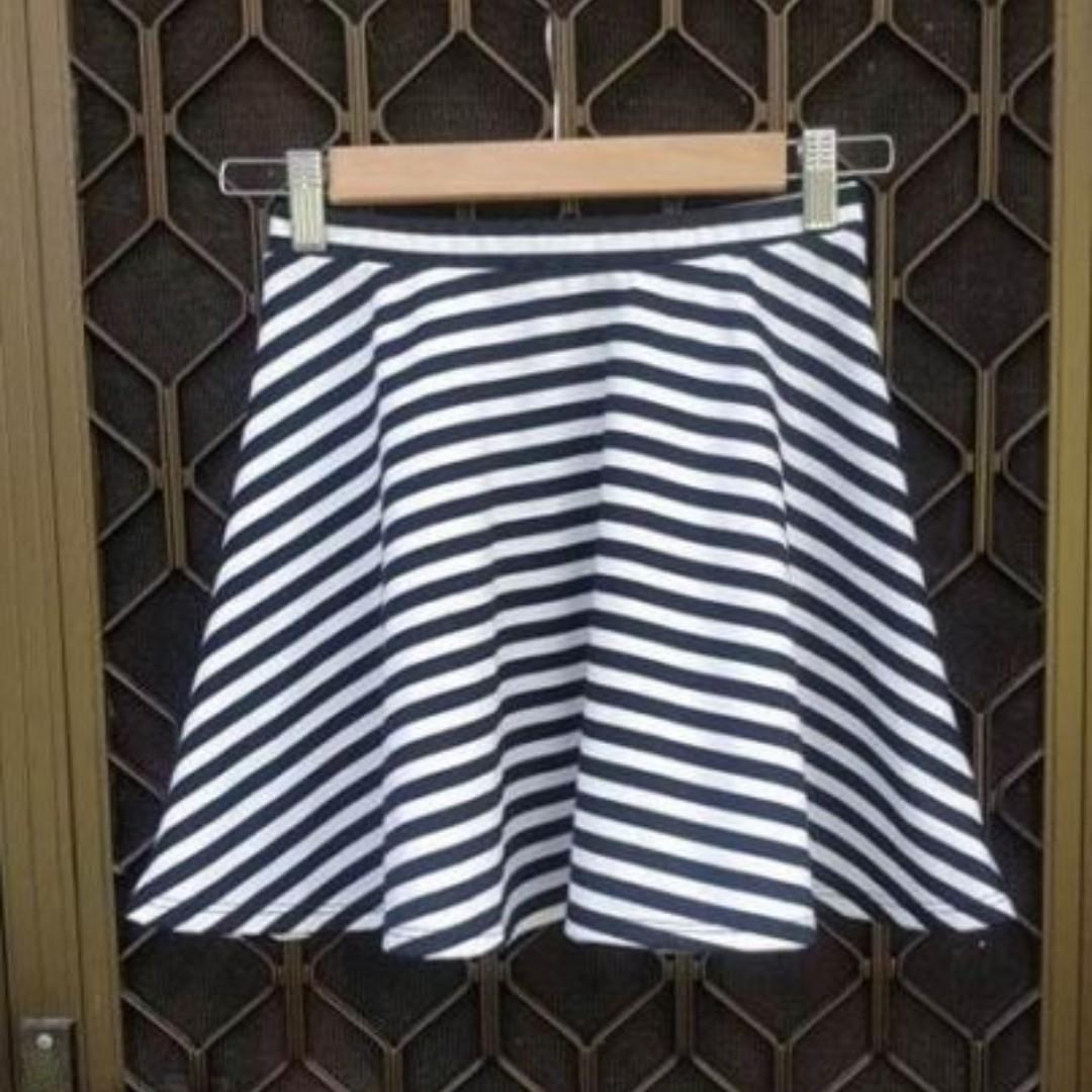 TOBI Skater Skirt Striped Mini Black White Fit And Flare Flippy Stelly Showpo Dotti Bardot