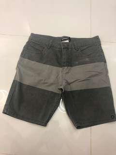 Quiksilver pants size 30