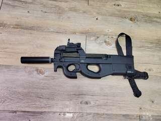 P90+scope+tracer unit+bag for gun+ mag extender