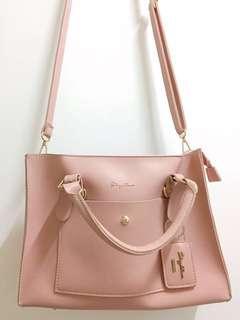 🚚 粉色氣質三用包
