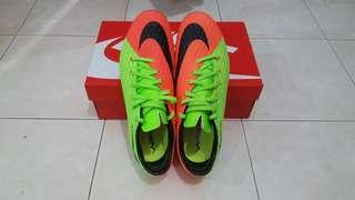 Nike Hypervenom Green/Orange ( size UK 8.5)
