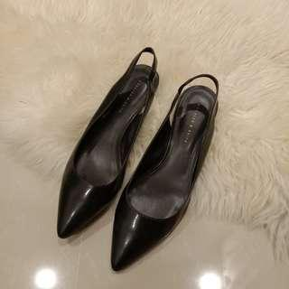 [PRICE REDUCED] Charles & Keith Black Pointed Slingback Heels