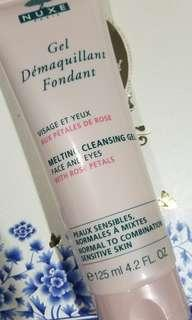 Nuxe melting cleansing gel face and eyes with rose petals