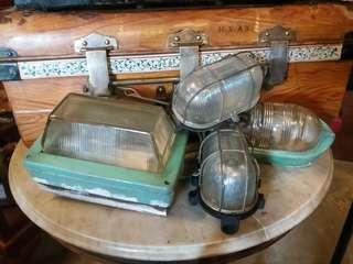 Lampu industri lama .. antik