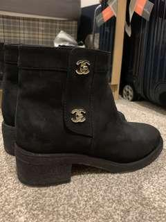 Chanel ankle boots 39C
