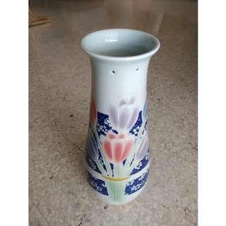 Vintage Chinese ceramic vase