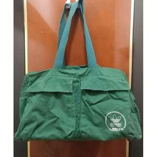 二手 adidas 愛迪達 綠色旅行袋 行李袋 手提袋 行李箱 旅行箱 運動背包 運動提袋 旅行袋 背包 提包