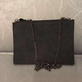 BN Chain Sling Bag (Black Grey)