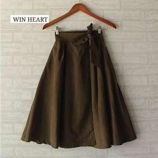 Win Heart Skirt Green