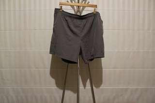(xl) REEBOK Sports Shorts
