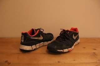 (UK10.5) NIKE Runners