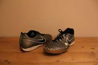 (UK10) NIKE Magista Futsal Shoes