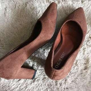 REPRICED! SUEDE THICK BLOCK CLOSE HEELS